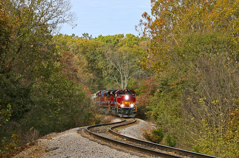 Train on the tracks coming through Garfield